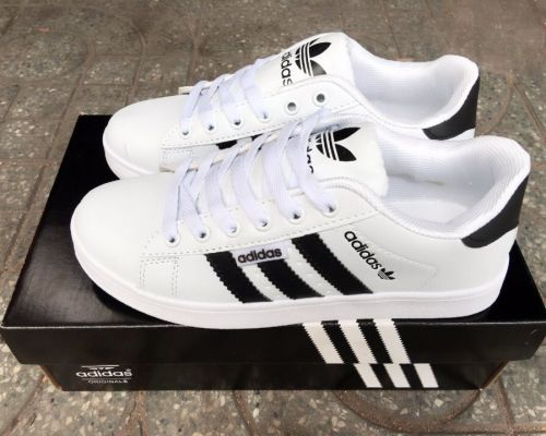 Các loại giày adidas được ưa chuộng nhất tại Việt Nam